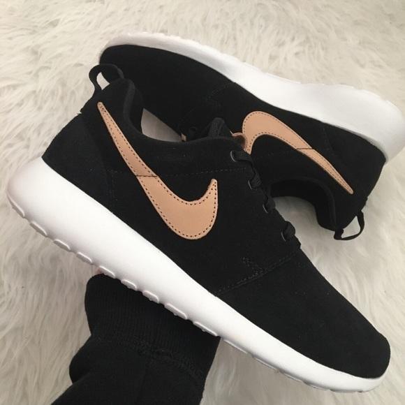 NEW Nike Roshe One Premium Women's Sneakers NWT